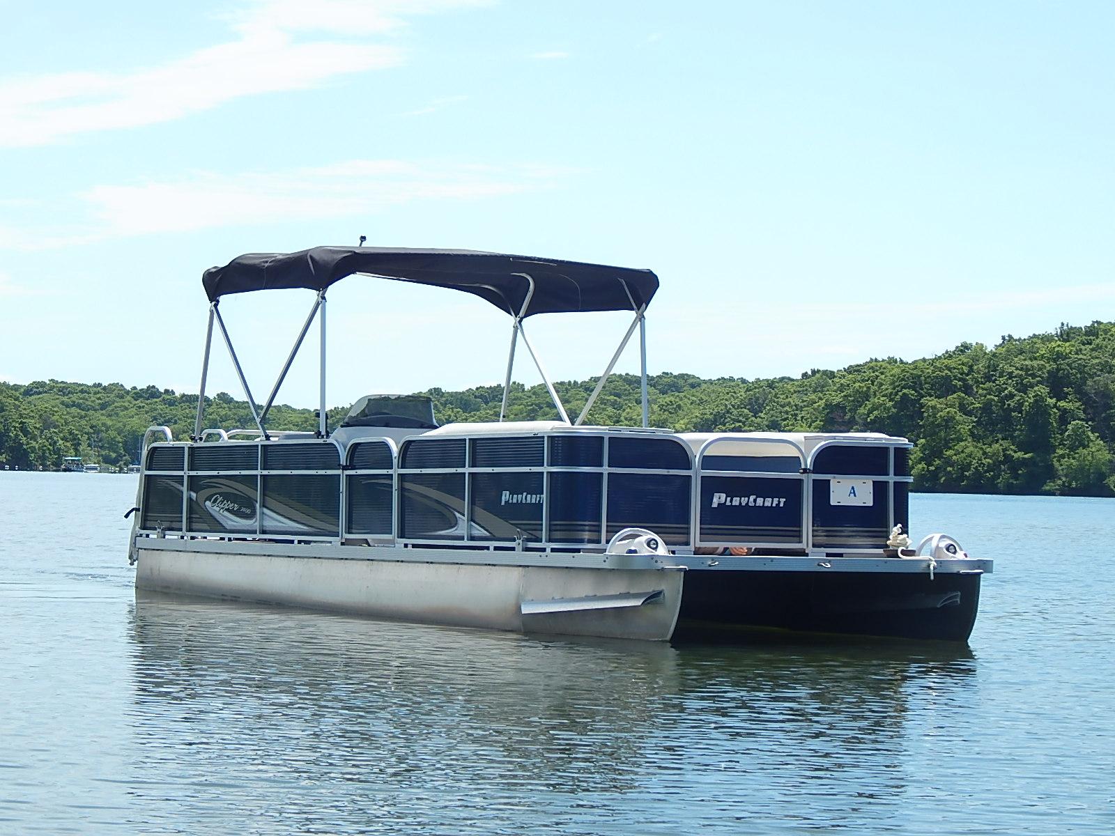 Lake Jacomo Marina - Pontoon